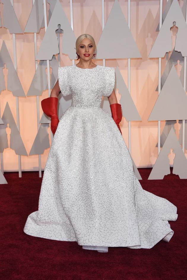 Lady Gaga de Alaïa